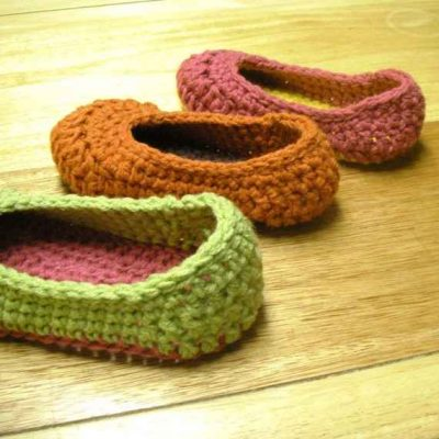 crochet slippers pattern 400x400 10 Most Popular Crochet Patterns To Buy Online (+16 More People Love)