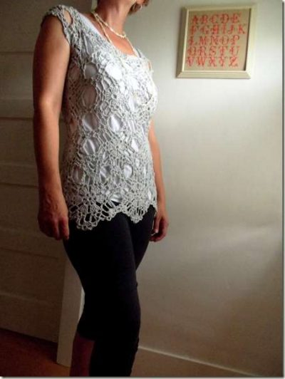 crochet top1 400x532 Ive Got the Link: Best Crochet Blog Posts of this Weeks Web