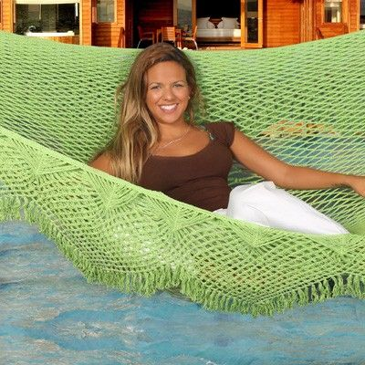 green crochet hammock Summer Days: 12 Gorgeous Crochet Hammocks for Relaxation and Rejuvenation