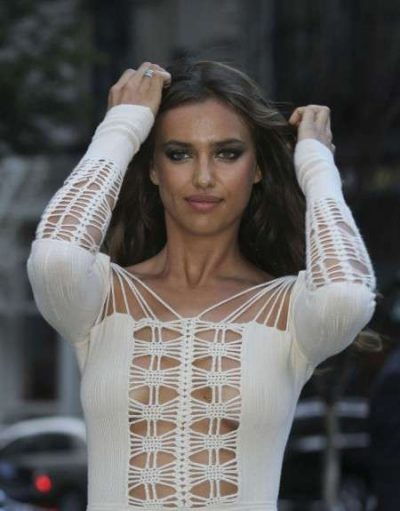 irina shayk crochet 400x511 One Year Ago in Crochet  (6/24   7/4)