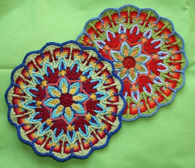 overlay crochet mandala1 400x345 7 Best Crochet Mandala Patterns