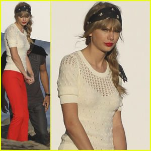 taylor swift crochet top Celebrity and Designer Crochet Roundup: July 2012
