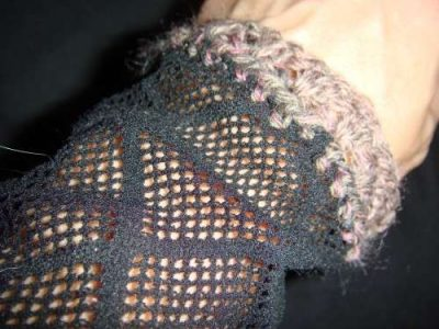crochet edge armwarmers 400x300 Then And Now: A Look Back at Last Year in Crochet (8/12 8/25)