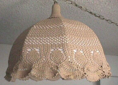 crochet lampshade 400x289 16 Crochet Lamps That Will Shed a New Light on Your Space