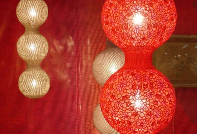 crochet lights 3 400x272 16 Crochet Lamps That Will Shed a New Light on Your Space