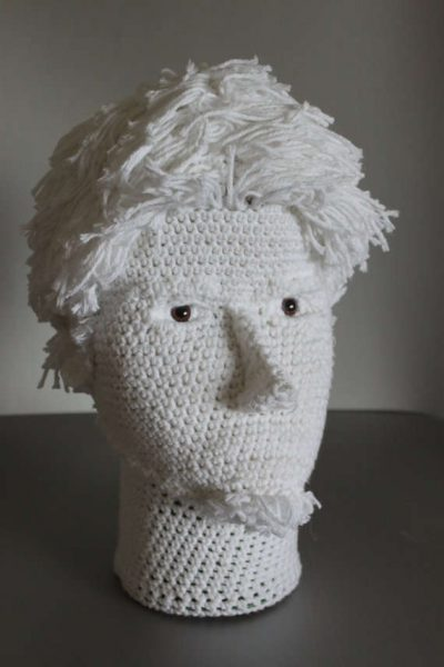 crochet self portrait 400x600 12 Fascinating Examples of Crochet Art Dolls and Figures