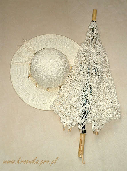 12. Basic Lace Crochet Umbrella