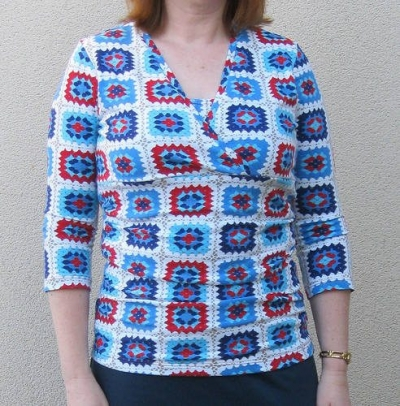 granny square fabric shirt 400x406 It Looks Like a Granny Square ... But Its Not. The Granny Square Print But Not Crocheted.