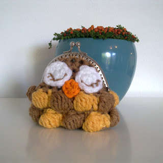 owl crochet coin purse 15 Favorite Crochet Coin Purses to Make Saving Pennies Fun