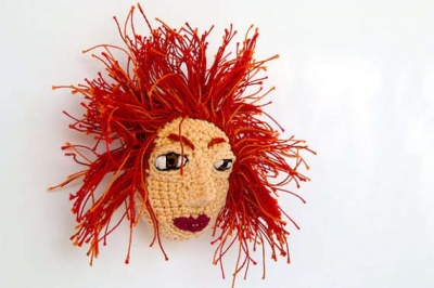 red hair crochet doll 400x266 12 Fascinating Examples of Crochet Art Dolls and Figures