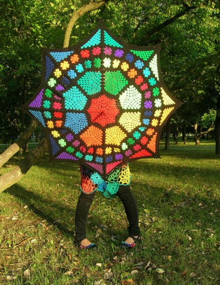 stained glass crochet umbrella1 15 Crochet Umbrellas for your Creative Rainy Days