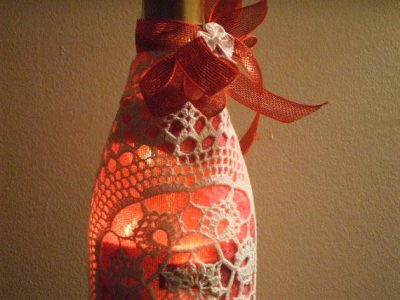 upcycled wine bottle lamp 400x300 16 Crochet Lamps That Will Shed a New Light on Your Space