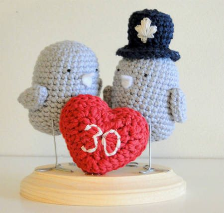 crochet cake topper Best Crochet Links of the Week (Link Love)