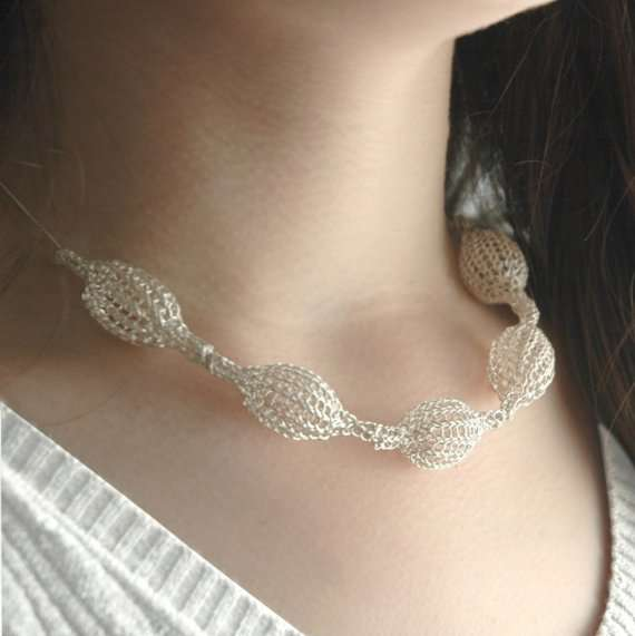 crochet wire bride necklace