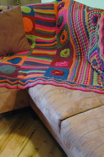 groovyghan 10 Fabulous Free Crochet Patterns That Require 4000+ Yards of Yarn