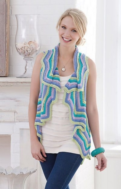 thread crochet vest pattern 400x621 10 Fabulous Free Crochet Patterns That Require 4000+ Yards of Yarn