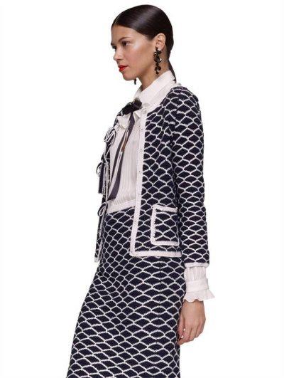 2012 oscar de la renta crochet suit 400x531 Designer Crochet: Oscar de La Renta