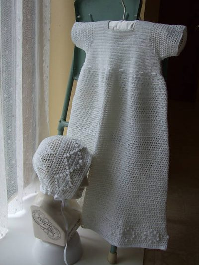 baby crochet dress fancy 400x533 15 Beautiful Kids Crochet Dress Patterns to Buy Online