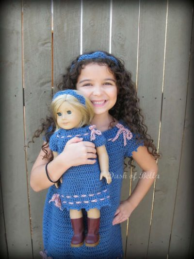 crochet matching dresses 400x533 15 Beautiful Kids Crochet Dress Patterns to Buy Online