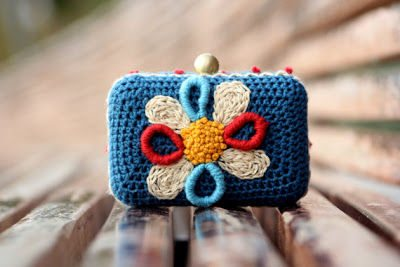 crochet purses Another Exciting Edition of Crochet Link Love