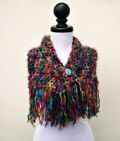 crochet shawl pattern 400x473 Small Projects, Large Hooks! 15 Quick Free Crochet Patterns for Holiday Gifts