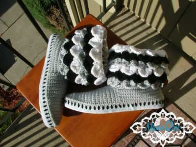 crocodile stitch crochet boots 400x300 Crochet Shoes and Accessories from Manie One