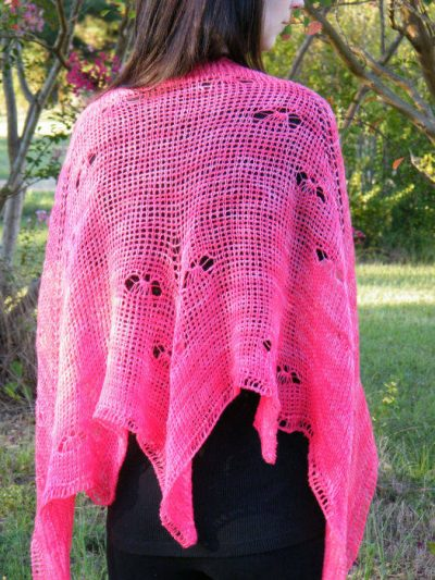 mariposa kim guzman 400x533 10 Terrific Crochet Shawl Pattern Designers and their Most Popular Patterns