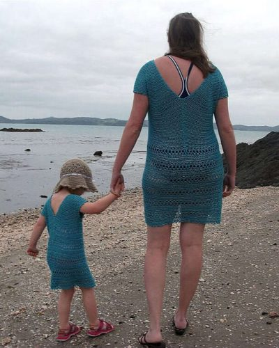 mommy and me crochet dress 400x500 15 Beautiful Kids Crochet Dress Patterns to Buy Online