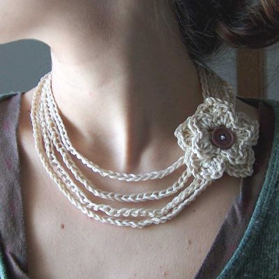 cotton crochet flower necklace 400x400 Crochet Jewelry Ideas for Christmas Including 10 Free Crochet Patterns