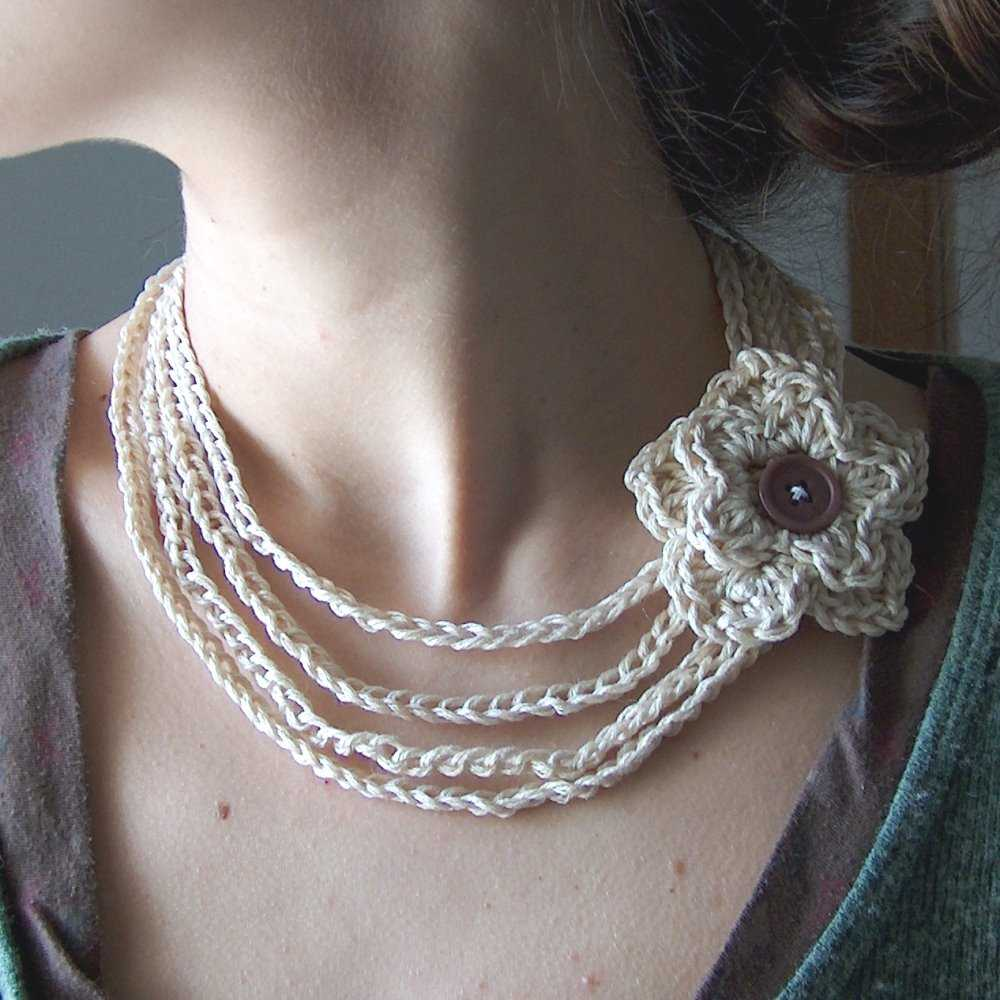 Crochet Stitches Jewelry : cotton crochet flower necklace