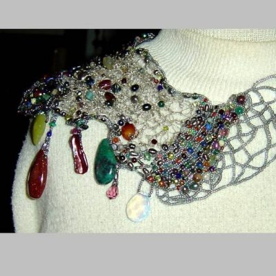 crochet beaded necklace 400x400 Crochet Jewelry Ideas for Christmas Including 10 Free Crochet Patterns