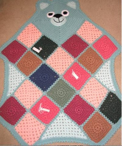 crochet bearghan 400x476 Where Did The Name Granny Square Afghan Come From? (+ 5 Unique Crochet Grannyghan Patterns)