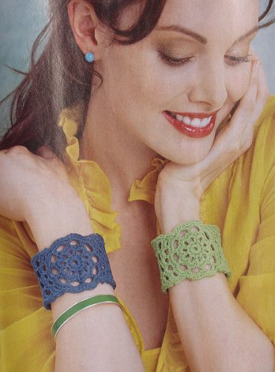 crochet cuff bracelet 400x541 Crochet Jewelry Ideas for Christmas Including 10 Free Crochet Patterns