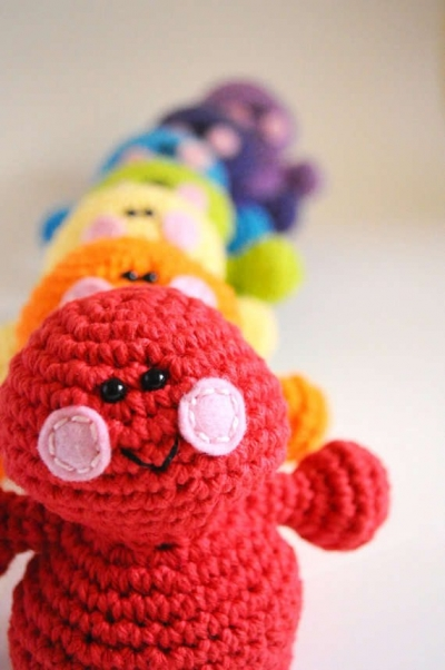 crochet monsters 400x602 Then and Now in Crochet (11/18   11/24)