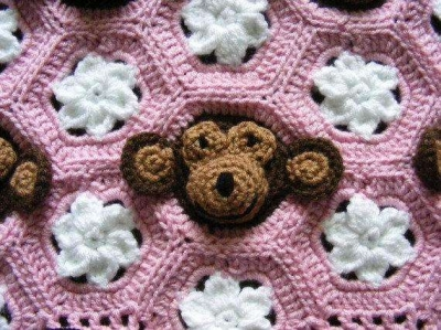 detail crochet monkey blanket 400x299 Crochet Monkey Blanket Pattern