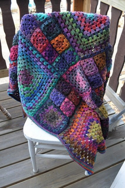 grannyghan 400x602 Where Did The Name Granny Square Afghan Come From? (+ 5 Unique Crochet Grannyghan Patterns)