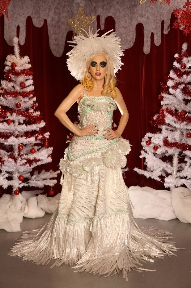 Lady Gaga S Crocheted Cling Wrap Gown Crochet Patterns