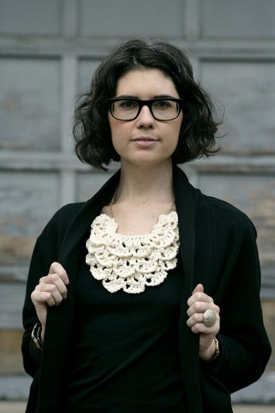 ruffled crochet necklace 400x600 Crochet Jewelry Ideas for Christmas Including 10 Free Crochet Patterns