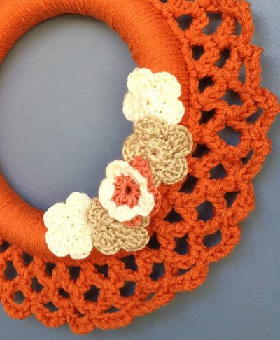 thanksgiving crochet wreath 400x486 Then and Now in Crochet (11/18   11/24)