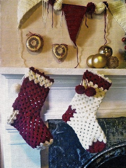 christmas stocking 16 Heartwarming Examples of Beautiful Crochet Christmas Decor