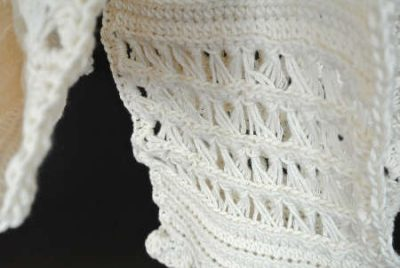 cotton crochet broomstick scarf 400x268 2013 in Crochet: Other Crochet Inspiration