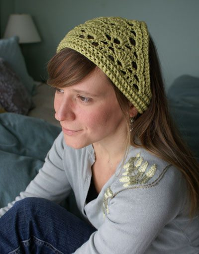 crochet kerchief 20 Free Patterns for One Skein Projects You Can Complete Before Christmas