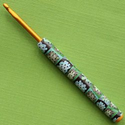 granny square crochet hook It Looks Like a Granny Square ... But Its Not. The Granny Square Print But Not Crocheted.