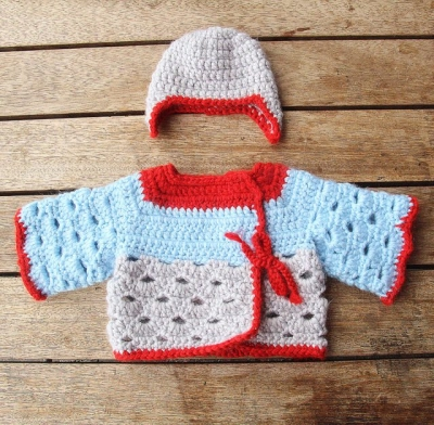 kids crochet sweater 400x392 100 Unique Crochet Shirts and Sweaters