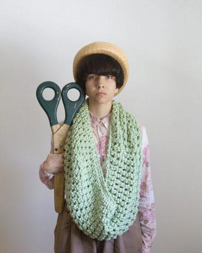 large crochet scarf yokoo 400x502 Total Process Crochet Artist Yokoo Gibran