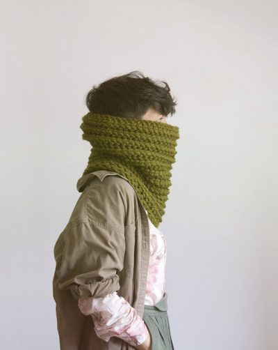 yokoo crochet cowl 400x502 2012 in Crochet: Crochet Art and Artists
