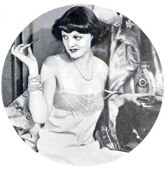 1931 crochet petticoat top