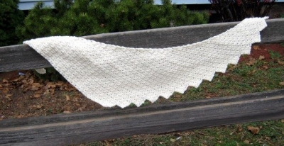 crochet shawl pattern 400x206 10 Terrific Crochet Shawl Pattern Designers and their Most Popular Patterns