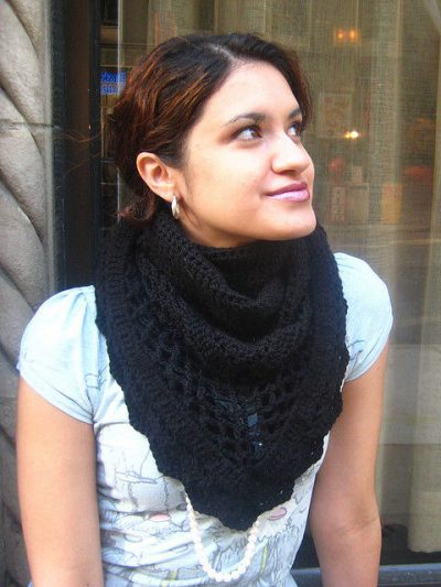 crochet triangle shawl 400x533 10 Terrific Crochet Shawl Pattern Designers and their Most Popular Patterns