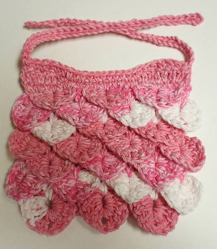 crocodile stitch baby bib This Weeks Crochet Link Love